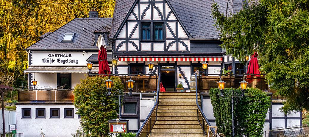 Wandern und Schlemmen im Ehrbachtal · Schneiders Moritz · Historische Mühle Vogelsang