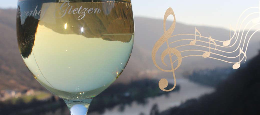 Musikalische Souvenirs beim Wein · Gietzen