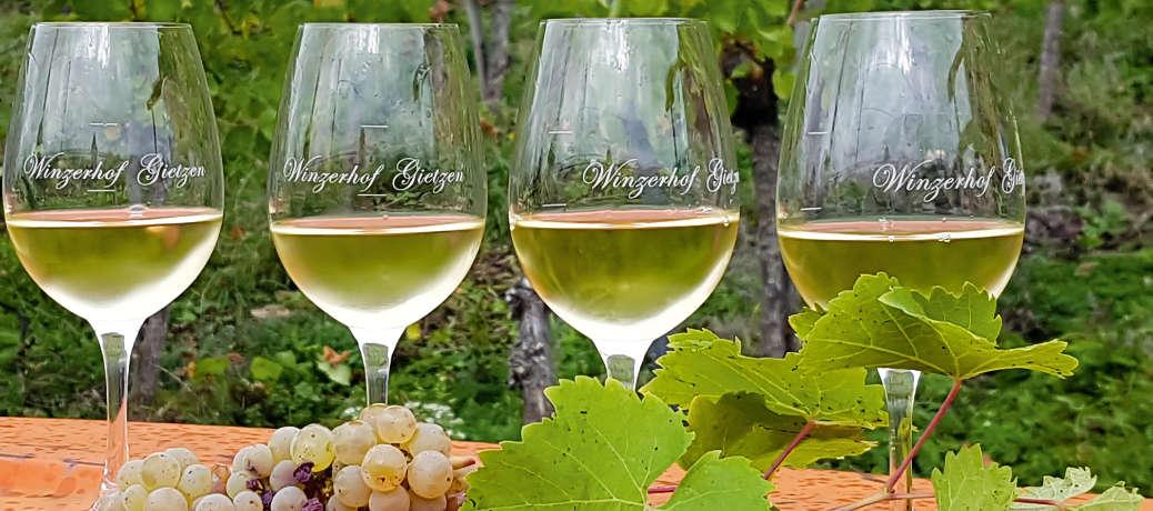 Sommer-Weinzeit mit Riesling & Brass